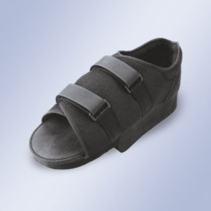 Zapato postquirúrgico en talo-0