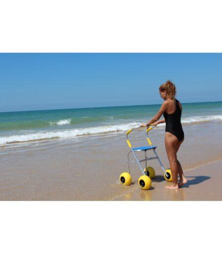 Andador para la playa uso dos