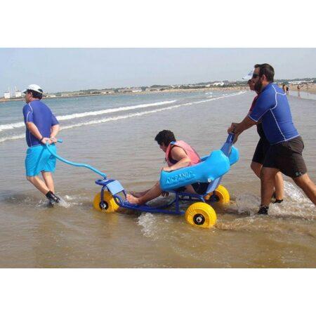 Silla anfibia de playa Oceanic uso 3