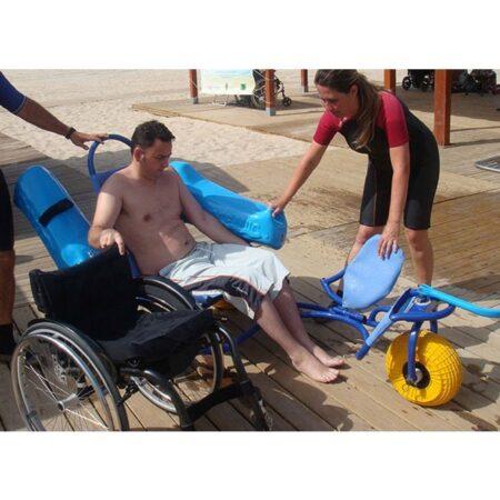 Silla anfibia de playa Oceanic uso 5
