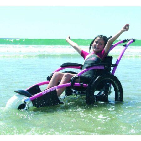 silla-de-ruedas-hippocampe-playa-color-rosa