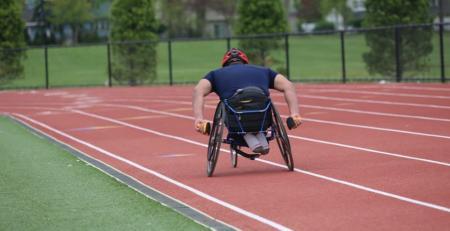deportes al aire libre para personas con movilidad reducida