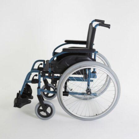 silla de ruedas de acero autopropulsable invacare action 1r vista lateral